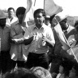 Cesar Chavez on strike line in Coachella 1973