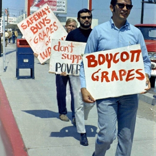 Ralph Magana & Pete Beyerly at UFW Safeway Boycott in National City CA 1968